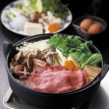 「米澤佐藤畜産」米沢牛すき焼用