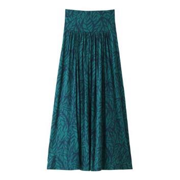 <スリードッツ>Green leef printed jersey skirt