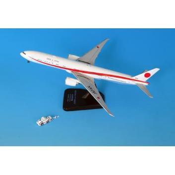 <ANAオリジナル>JG40105 1:400 BOEING 777-300ER 80-1111 政府専用機 ダイキャストモデル(WiFiレドーム・ギアつき ) トーイングトラクターとトーバーつき